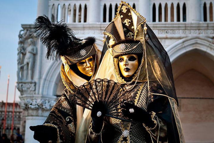 karnaval-v-venecii-2016